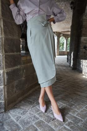 Хлопковая юбка на запах с закругленной полой