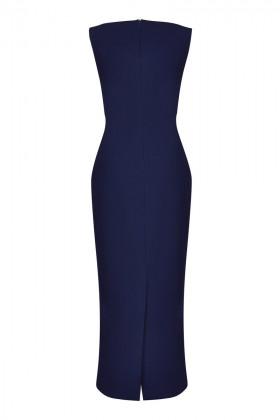 Платье-футляр с закругленными разрезами в синем цвете