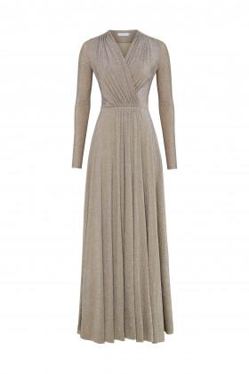 Вечернее платье с драпированным лифом